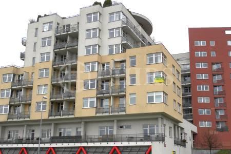 Prodej bytu 2+kk, OV, 62m2, ul. Trnkovo náměstí 1112/234, Praha 5 - Hlubočepy