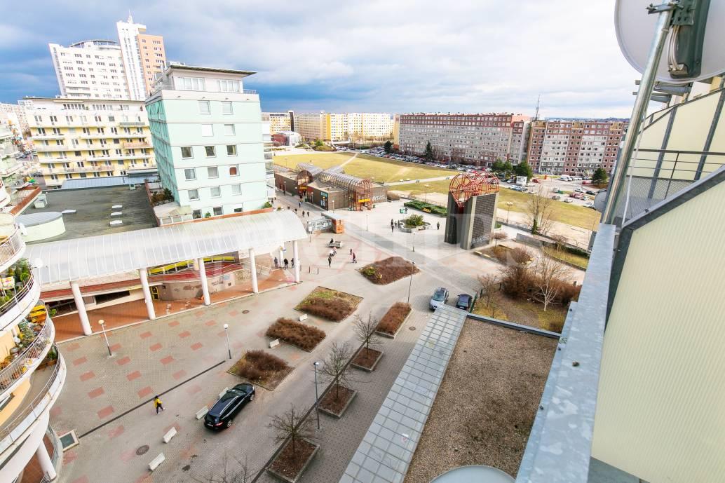Prodej bytu 2+1 s balkonem, OV, 76m2, ul. Petržílkova 1435/31, Praha 5 - Stodůlky