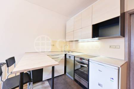 Pronájem bytu 1+kk, OV, 21m2, ul. Nad Kajetánkou 1445/29, Praha 6 - Břevnov