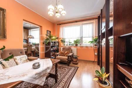Prodej bytu 4+1 s lodžií, OV, 76m2, ul. Starobylá 1110/14, Praha 4 - Háje