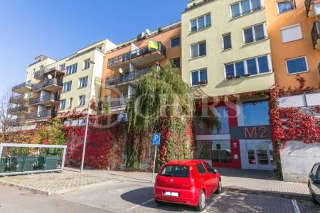 Pronájem bytu 2+kk s terasou, OV, 42 m2, ul. Werichova 1145/33, Praha 5 - Barrandov