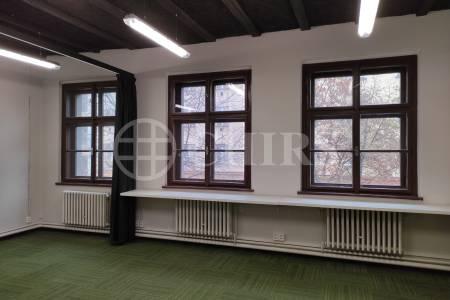 Pronájmu kanceláře o velikosti 35 m2  v ul. Dělnická 1272/53, Praha 7.