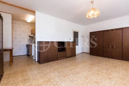 Pronájem bytu 1+kk, OV, 39m2, ul. Běhounkova 2344/27, Praha 13 - Stodůlky