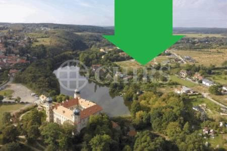 Prodej stavební parcely 1.479 m2 v Mníšku pod Brdy
