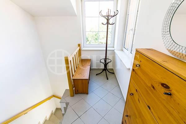 Pronájem bytu 3+kk s lodžií a garážovým stáním, OV, 75m2, ul. Chalabalova 1270/10, Praha 5 - Stodůlky