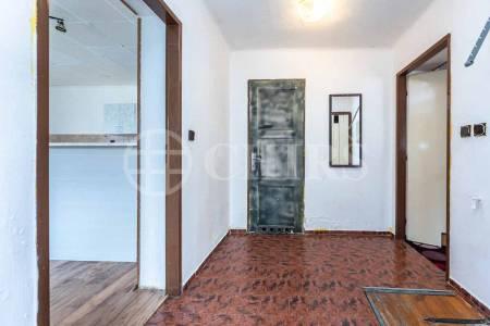 Prodej rodinného domu 2+1 s pozemkem, 388m2, ul. K Výboru 42, Praha 12 - Točná