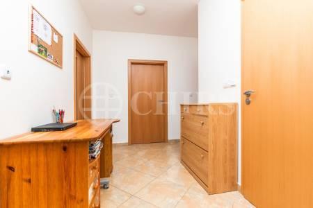 Prodej bytu 3+kk/T/GS, OV, 78m2, ul. Kakosova 978/4, Praha 5 - Řeporyje