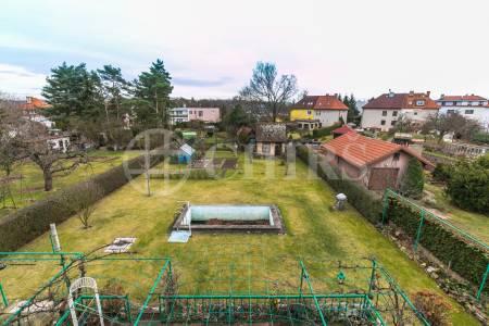 Pronájem bytu 3+1 s lodžií, OV, 100 m2, ul. U Nového Suchdola 120/8, Praha 6 – Suchdol