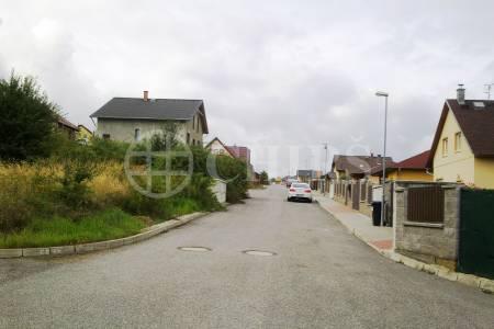 Prodej stavebního pozemku, OV, 892 m2, Stochov u Kladna