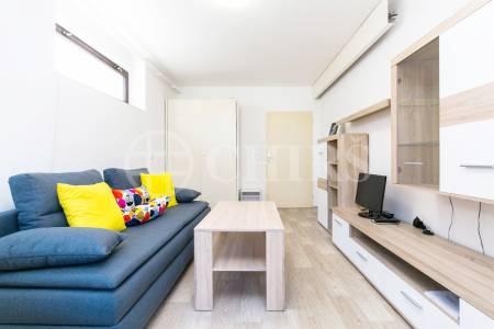 Pronájem bytu 1+1, OV, 39m2, ul. Žilovská 839, Praha 5 - Řeporyje