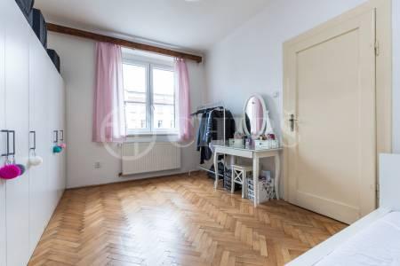 Prodej bytu 2+kk, OV, 47m2, ul. Na Hutích 581/1, Praha 6 - Dejvice