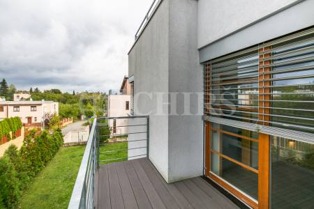 Prodej řadového rodinného domu 6+kk/2xL/G, 200m2, ul. Frimlova 1373/2D, Praha 5 - Stodůlky
