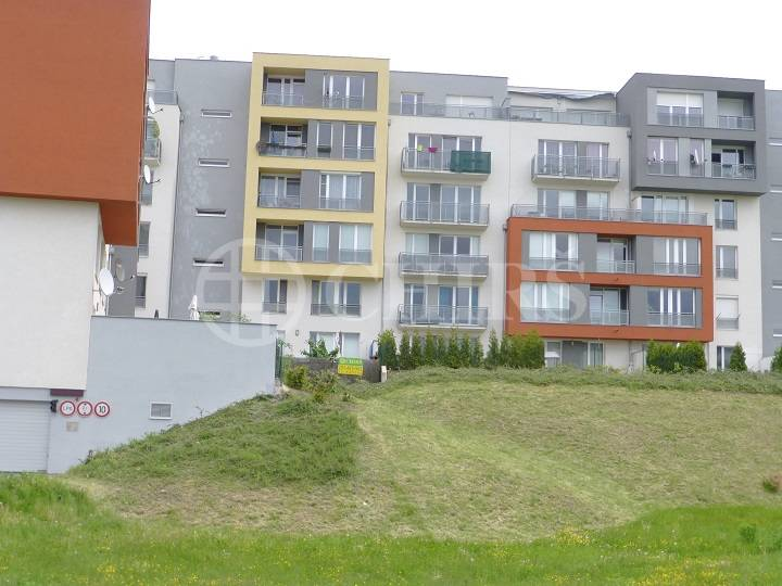 Pronájem bytu 2+kk/T/Z, OV, 58m2, ul. Raichlova 2619/7, Praha 13 – Stodůlky