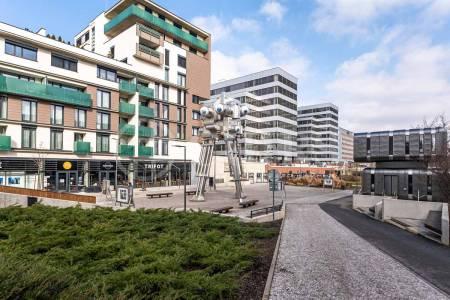 Pronájem bytu 3+kk s lodžií, OV, 105 m2, ul. Seydlerova 2150/5, Praha 13 - Nové Butovice