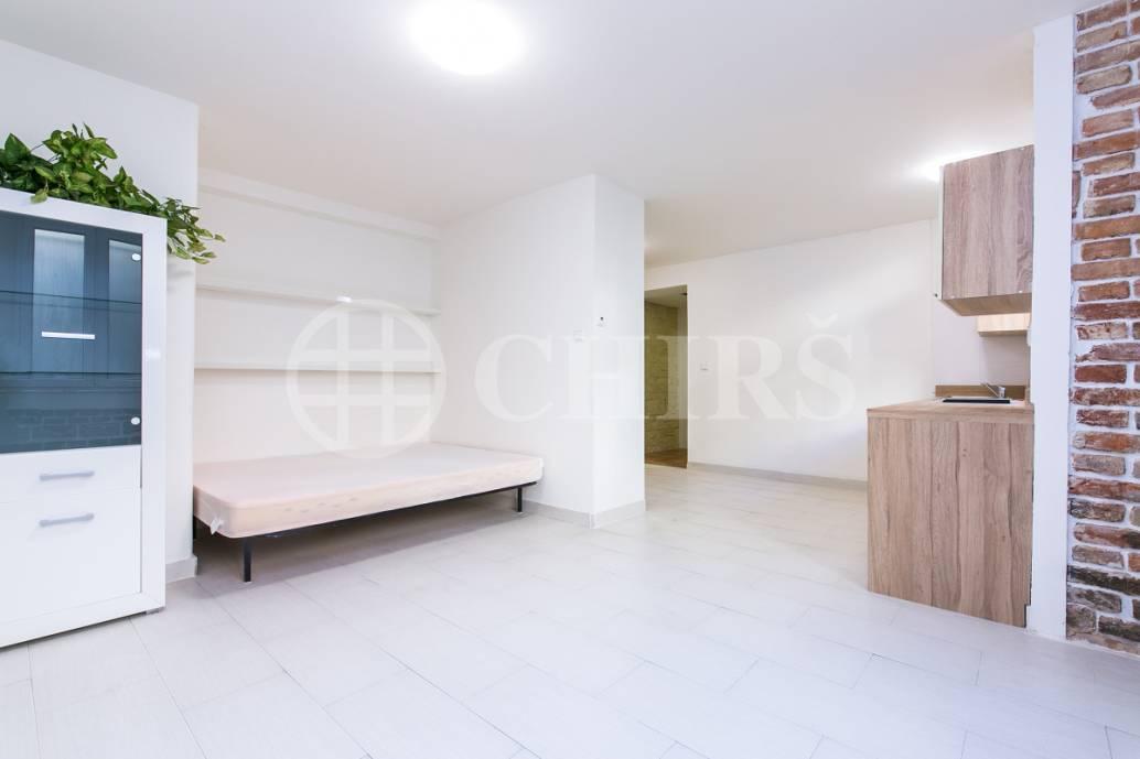 Prodej bytu 1+kk, OV, 32m2, ul. Terronská 657/43, Praha 6 - Bubeneč