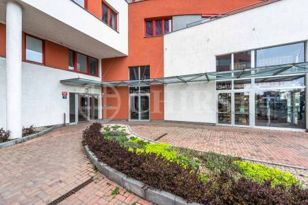 Pronájem bytu 2+kk, OV, 61m2, ul. Tlumačovská 2766/26, Praha 5 - Stodůlky