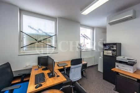 Prodej komerčního prostoru, OV, 59 m2, ul. Petržílkova 2564/21, Praha 5 - Stodůlky