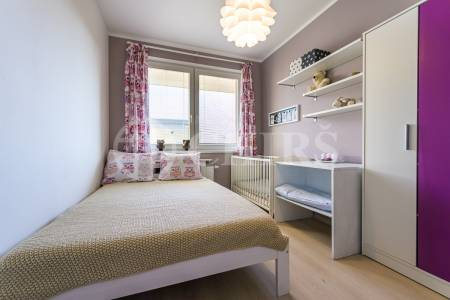 Prodej bytu 2+kk/T, 43 m2, OV, U Uhříněveské obory 6, Praha 10 - Uhříněves