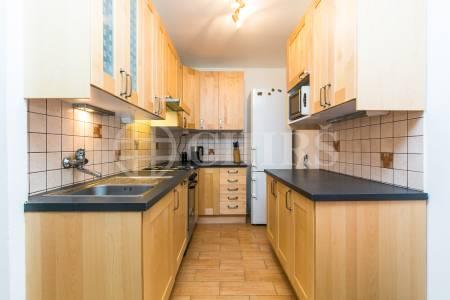 Pronájem bytu 3+kk s balkonem, OV, 63m2, ul. Kociánova 1585/2, Praha 5 - Stodůlky