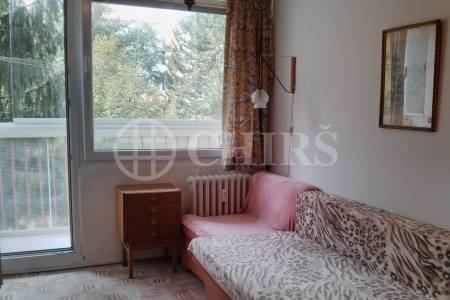 Prodej bytu 2+kk s lodžií, OV, 49m2, ul. Plickova 553/21, Praha 4 - Háje