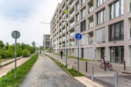 Prodej bytu 3+kk s balkonem, OV, 74m2, ul. Za Karlínským přístavem 699/12, Praha 8 - Karlín