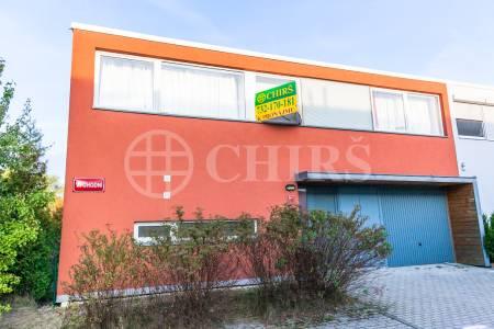Pronájem ŘRD 4+kk, OV, 125 m2, ul. Východní 381, Praha západ - Chýně