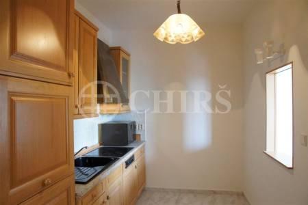 Prodej netradičního bytu 3+1 se dvěma balkony, 125 m2, ul. Křenova 438/3, Praha 6 - Petřiny