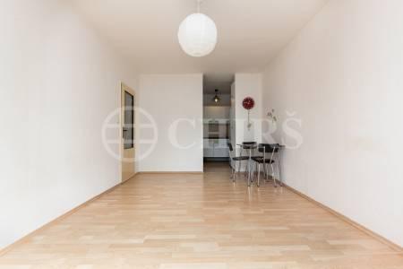 Pronájem bytu 2+kk, OV, 45m2, ul. Donovalská 1760/37, Praha 11 - Chodov