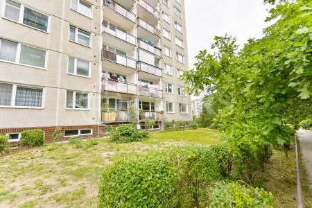 Prodej bytu 3+1 s lodžií, DV, 72m2, ul. Gabinova 823/2, Praha 5 - Hlubočepy