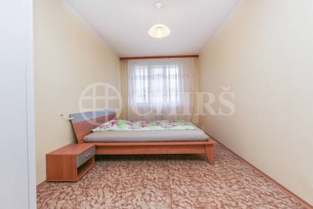 Pronájem bytu 2+1, OV, 72m2, ul. Volutova 2516/2, Praha 13 - Hůrka
