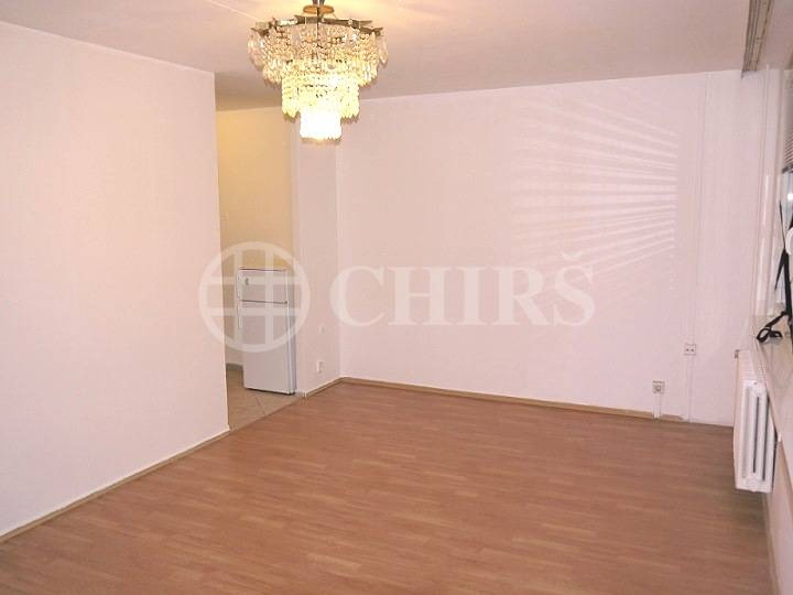 Pronájem bytu 1+kk, OV, 33m2, ul. Hábova, Praha 13