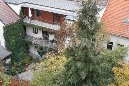Pronájem bytu 3+1, 100 m2, se zahradou, Kutnauerovo nám., Praha 6 - Břevnov