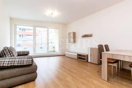 Pronájem bytu 2+kk s lodžií a garážovým stáním, OV, 61m2, ul. Míšovická 492/1, Praha 5 - Zličín