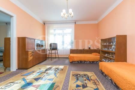 Prodej bytu 2+1, DV, 66m2, ul. Na Dionysce 1756/10, Praha 6 - Dejvice