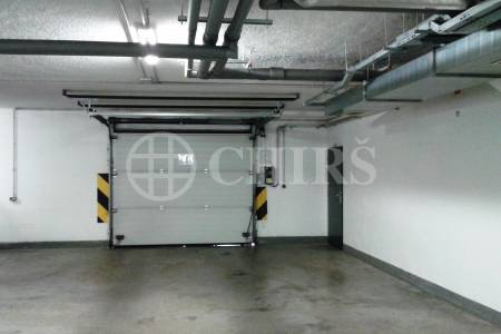 Prodej garážového stání, OV, ul. Smetáčkova 1485/4, Praha - 13 Stodůlky