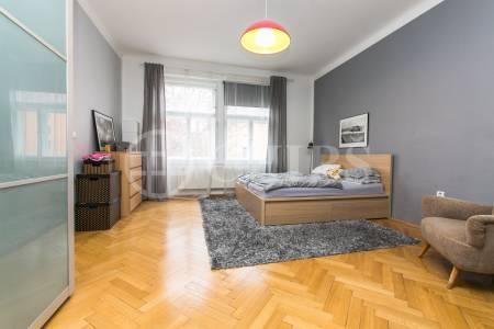 Prodej bytu 3+kk s balkónem, 90 m2, OV, ul. Generála Píky 549/4, Praha 6 - Dejvice
