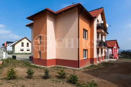 Prodej bytu 3+kk/2xB, OV, 75m2, Králův Dvůr - Levín