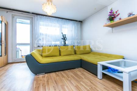 Prodej bytu 4+1 s balkonem, 90,5m2, ul. Ledvinova 1716/16, Praha 11 - Chodov