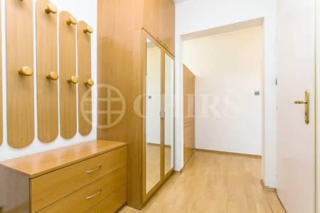 Pronájem bytu 2+1 s lodžií, OV, 66m2, ul. Volutová  2520/10, Praha 5 - Stodůlky