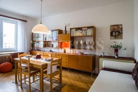 Pronájem zařízeného bytu 3+1, 63 m2, Patočkova 91, Praha 6