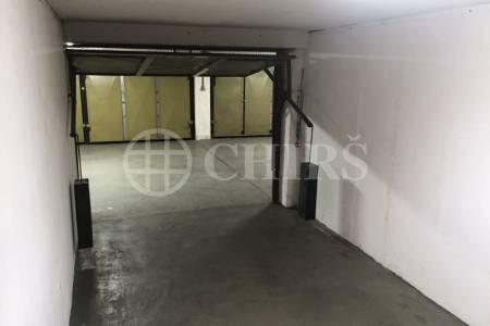 Prodej garážového stání, OV, 18m2, ul. Na Okraji 67, P-6 Veleslavín