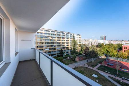 Prodej bytu 3+1 s lodžií, OV, 75m2, ul. Suchý vršek 2135/7, Praha 5 - Stodůlky