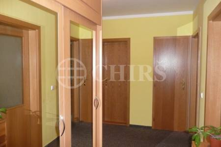 Prodej bytu 2+1 (3+kk) s lodžií, OV, 78 m2, ul. Paříkova 354/5, Praha 9 - Vysočany