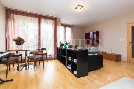 Prodej bytu 2+kk/T, OV, 59m2, ul. Švejcarovo náměstí 2660/7, Praha 5 - Stodůlky