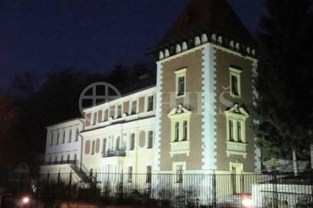 Pronájem kanceláře, OV, 32m2, ul. Na Zlíchově 18, Praha 5 - Hlubočepy