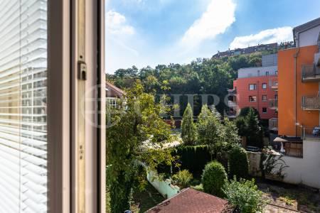 Prodej bytu 2+kk, 43 m2, OV, Lovčenská 10, Praha 5 - Košíře