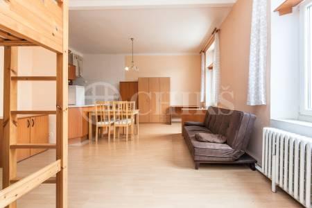 Prodej bytu 1+kk, OV, 40 m2, ul. Novovysočanská 219/19, Praha 9 - Vysočany