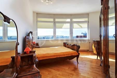 Prodej bytu 4+kk/2xGS, OV, 178m2, ul. Petržílkova 2583/15, Praha 13 - Hůrka