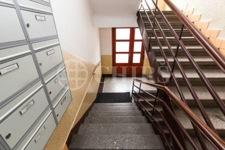 Prodej bytu 2+kk, OV, 49m2, ul. Černokostelecká 1153/72, Praha 10 - Strašnice