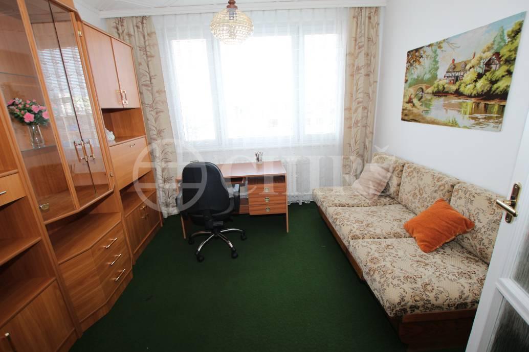 Pronájem bytu 3+1/L, OV, 75m2, ul. Novodvorská 1091/114, P-4 Braník